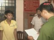 Video An ninh - Bắt khẩn cấp 9X trộm điện thoại, cắt cổ nữ sinh lớp 8