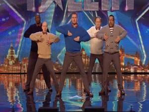 Video: Nhóm nhảy U50 gây sốt với vũ điệu sôi động