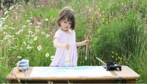 Khoa nhi - Bé 5 tuổi bị trầm cảm có tài hội họa đáng kinh ngạc