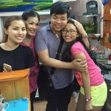 Ca nhạc - MTV - Quang Lê đến thăm Phương Mỹ Chi sau tai nạn