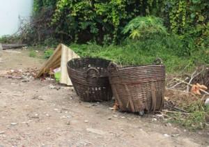 Tin tức Việt Nam - Thi thể trẻ sơ sinh còn dây rốn bị bỏ trong sọt rác
