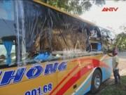 Bản tin 113 - Lại tái diễn tình trạng xe khách bị ném đá ở Kon Tum