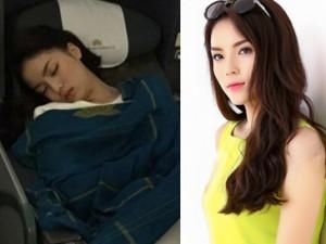 """Người mẫu - Hoa hậu - Cư dân mạng """"dậy sóng"""" vì dáng ngủ lạ của Kỳ Duyên"""