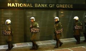 """Ngân hàng - Châu Âu chuẩn bị """"tâm lý"""" Hy Lạp vỡ nợ ngày 30.6"""