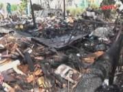 Video An ninh - TP.HCM: Nhà trong hẻm cháy lớn, cụ ông thoát chết