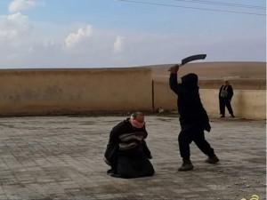 Thế giới - IS lần đầu tiên chặt đầu 2 phụ nữ