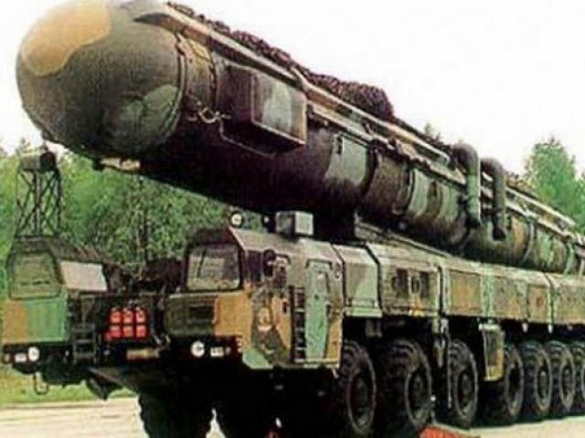 Tên lửa TQ chỉ cần 21 phút bắn tới 10 mục tiêu ở Mỹ