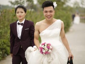 Bạn trẻ - Cuộc sống - Ảnh cưới độc đáo: Cô dâu chú rể hoán đổi giới tính