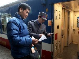 Tin tức trong ngày - Đường sắt Hà Nội giảm 50% giá vé tàu dịp lễ 30/4-1/5