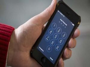 FBI tiếp tục bẻ khóa thêm iPhone, iPod của nghi phạm