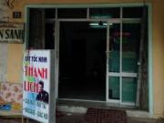An ninh Xã hội - Nữ chủ tiệm cắt tóc bị khách nam đâm trọng thương