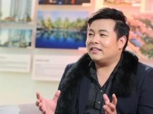 """Quang Lê: """"Đời tôi toàn phải đi xin để được hát"""""""