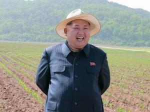 Thế giới - Chùm ảnh Kim Jong-un cười hết cỡ trước ống kính