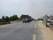 """Tin tức trong ngày - Điều tra người tung """"tin vịt"""" gãy cầu trên quốc lộ 1A"""