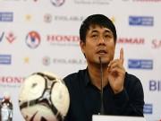 Bóng đá - 'Đừng ca ngợi cầu thủ Việt Nam như Messi, Ronaldo…'