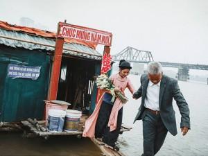 Ông lão nhặt rác kể chuyện vớt xác trên sông Hồng