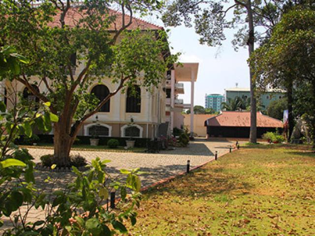 Cận cảnh ngôi nhà cổ hơn 200 tuổi giữa lòng Sài Gòn