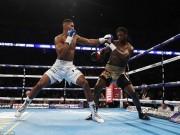 Thể thao - 16 trận, knock-out cả 16: Làng boxing chao đảo