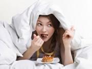 Sức khỏe đời sống - Ăn quá no trước khi ngủ có hại như thế nào?