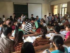 Tin tức trong ngày - Đang ngồi học, 2 sinh viên bị quạt trần rơi vào đầu