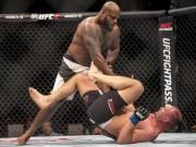 """Thể thao - UFC: Tung liên hoàn cước bắt đối thủ """"ngủ sớm"""""""