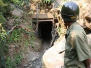 Tin tức trong ngày - 4 phu vàng ngạt khí: Huyện nói nạn nhân chỉ đào đất đá