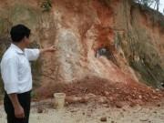 Tin tức trong ngày - Phát hiện hai vợ chồng bị chôn vùi trong hầm cao lanh