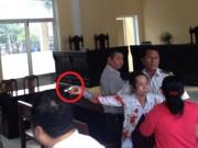 An ninh Xã hội - Lột guốc rượt đánh người bị kiện, chửi chủ tọa ngay ở tòa