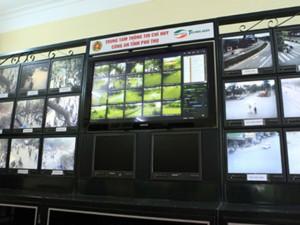 """Tin tức trong ngày - Lần đầu dùng camera """"nhìn xuyên màn đêm"""" tại Đền Hùng"""