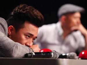 Ca nhạc - MTV - Trấn Thành gục đầu, bức xúc trên sóng truyền hình