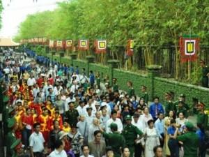 Hàng ngàn người con Sài Gòn tham dự Lễ Giỗ Quốc Tổ