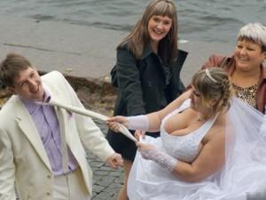 Cười 24H - Những bức ảnh cưới khó đỡ nhất quả đất