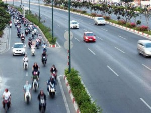 Tin tức trong ngày - Dân trở lại Sài Gòn sau nghỉ lễ, không còn cảnh kẹt xe