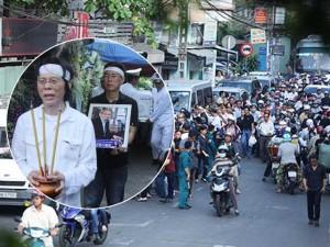 Dòng người tiếc thương tiễn đưa nhạc sỹ Nguyễn Ánh 9