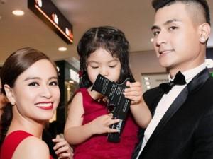 Hoàng Thùy Linh thân thiết với gia đình Vĩnh Thụy