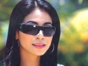 Phim - Em gái Lý Hùng và quãng đời tăm tối khi bị bắt tại Mỹ