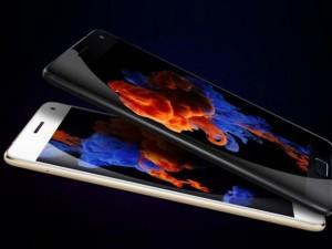 Thời trang Hi-tech - Smartphone RAM 6GB, giá 9,3 triệu đồng