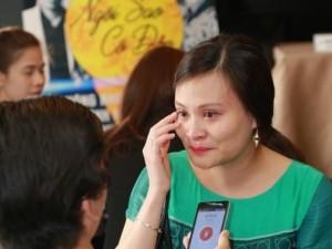 Con gái nhạc sĩ Thanh Tùng khóc nấc khi nhắc về cha