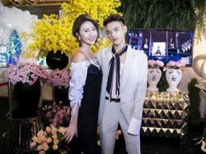 """Quỳnh Anh Shyn mặc váy nội y  """" tình tứ """"  bên trai lạ"""