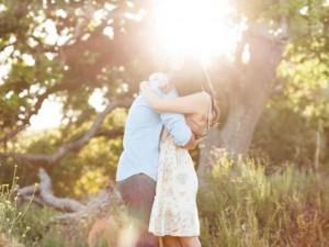 Bạn trẻ - Cuộc sống - Thơ tình: Cần em cho cuộc đời anh