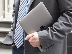 Thời trang Hi-tech - Tam tấu MacBook, MacBook Air và MacBook Pro đọ sức mạnh