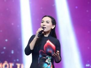 Ca nhạc - MTV - Phi Nhung tiết lộ mẹ từng làm ở quán bar