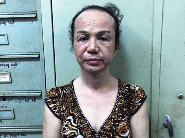 Giả gái ve vuốt, móc túi đàn ông ở trung tâm Sài Gòn