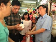 """Thị trường - Tiêu dùng - Bộ Y tế kiểm tra chợ """"thần chết"""" Kim Biên TPHCM"""