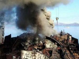 Thế giới - Tàu ngầm hạt nhân Nga bất ngờ bốc cháy