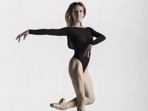 Làm đẹp - Ăn 4 bữa và tập như vũ công Mỹ để dáng đẹp