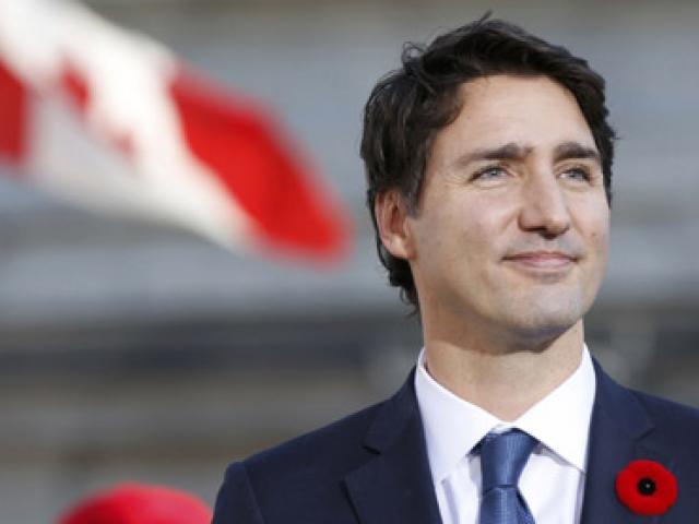"""Vị thủ tướng """"soái ca"""" nhất hành tinh"""
