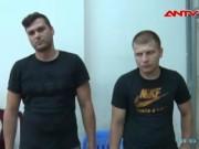 """Video An ninh - Bắt 2 người Bulgaria rút trộm tiền ở """"phố Tây"""" Sài Gòn"""