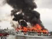 Video An ninh - Clip: Tàu chở 37 người bốc cháy ngùn ngụt ở Hạ Long