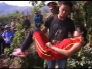 An ninh Xã hội - Thực nghiệm vụ chồng giết vợ, thả xác vào bể nước